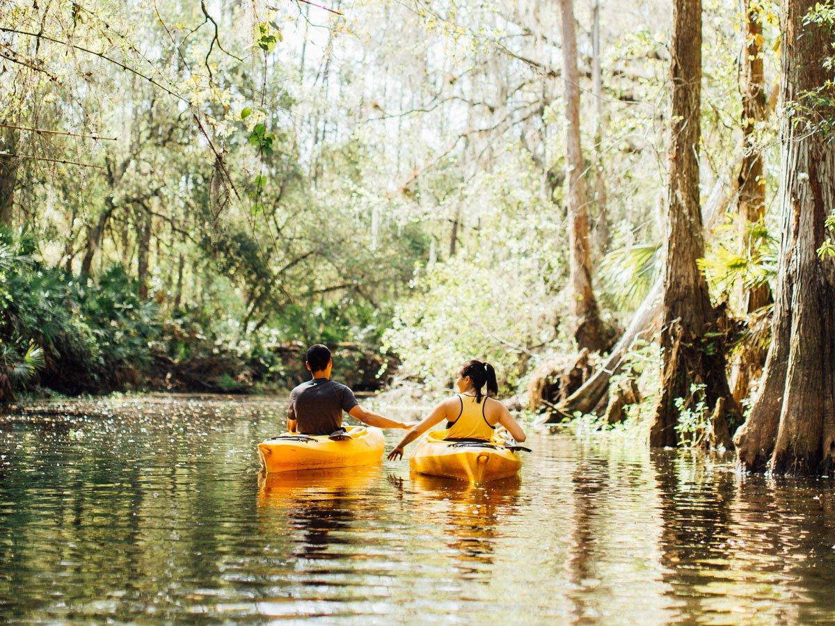 Couple kayaking in Florida park